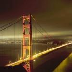 Прекрасный ночной мост в Америке