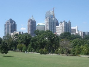 Парк и небоскрёбы Атланты