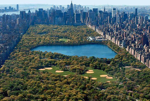 Вид_сверху_на_центральный_парк_Нью-Йорка
