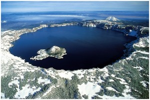 Озёрная местность с высоты в США