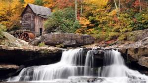 Водопад с мельницей в Виргиния