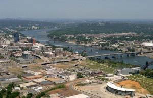 Город с речкой в Арканзас