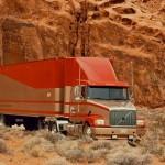 Американский грузовик в пустыне США