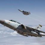 Военные американские самолеты в небе