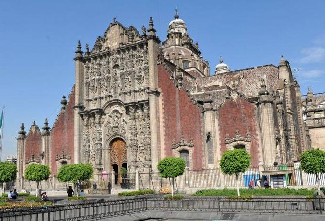 Собор_Метрополитана_в_Мехико