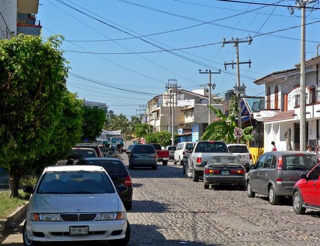 Улица_в_Пуэрто-Вальярта