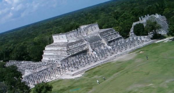 Древняя_пирамида_на Юкатане