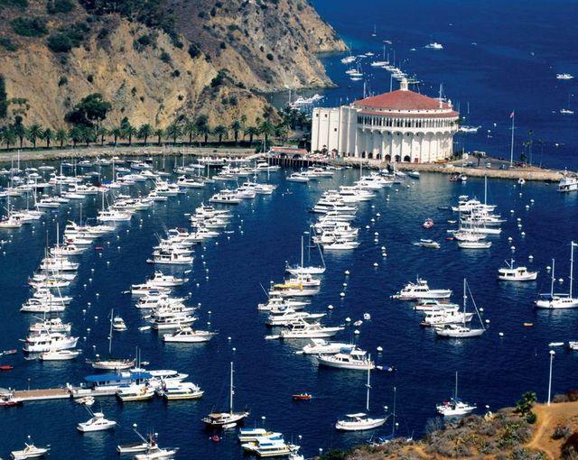 Яхты_на_острове_в_Калифорнии