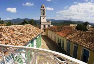 Вид_на_церковь_в_Сантьяго-де-Куба