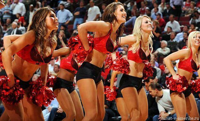 Девушки_групп_поддержки_черлидинг_NBA_Chicago_Bulls_фото_06