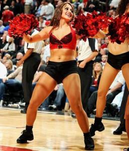 Девушки_групп_поддержки_черлидинг_NBA_Chicago_Bulls_фото_21