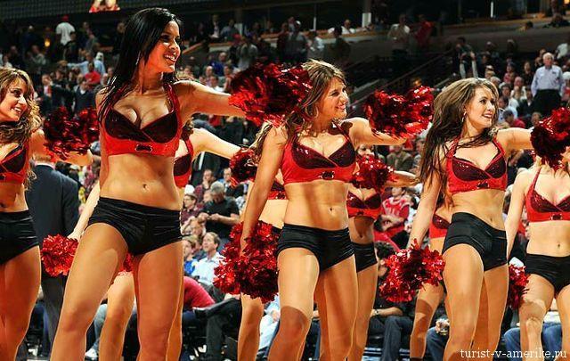Девушки_групп_поддержки_черлидинг_NBA_Chicago_Bulls_фото_22