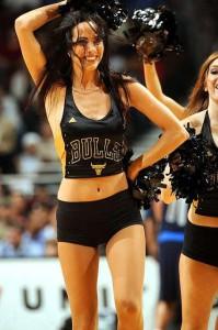 Девушки_групп_поддержки_черлидинг_NBA_Chicago_Bulls_фото_28