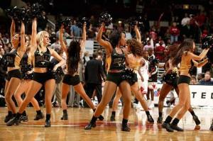 Девушки_групп_поддержки_черлидинг_NBA_Chicago_Bulls_фото_31