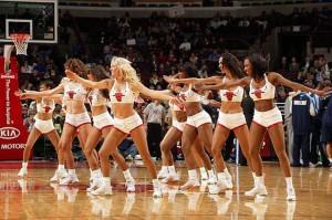 Девушки_групп_поддержки_черлидинг_NBA_Chicago_Bulls_фото_32