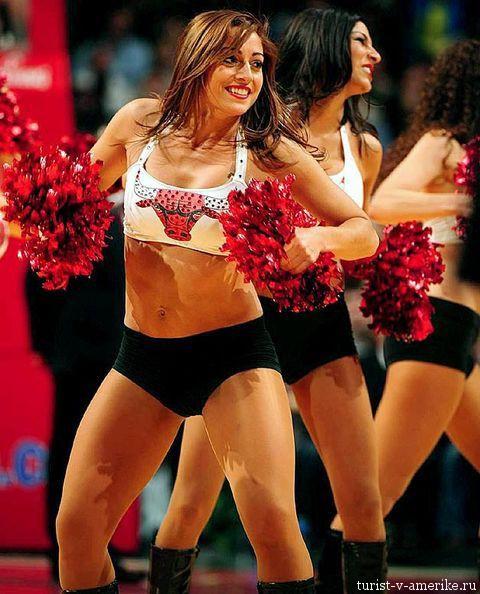 Девушки_групп_поддержки_черлидинг_NBA_Chicago_Bulls_фото_35