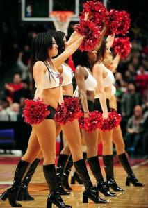 Девушки_групп_поддержки_черлидинг_NBA_Chicago_Bulls_фото_39