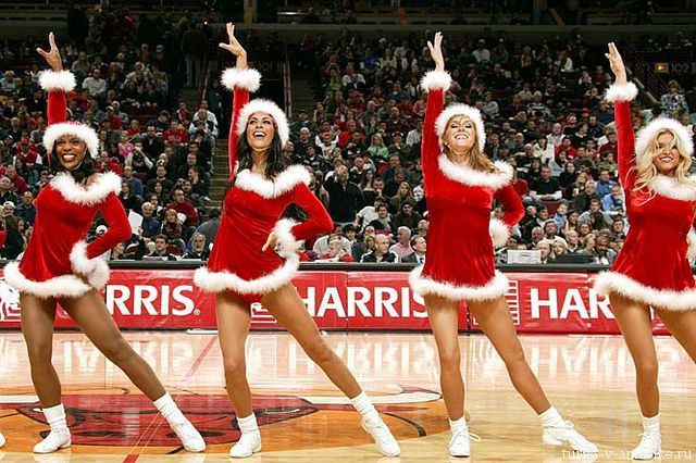Девушки_групп_поддержки_черлидинг_NBA_Chicago_Bulls_фото_44