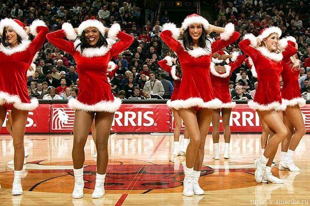 Девушки_групп_поддержки_черлидинг_NBA_Chicago_Bulls_фото_45
