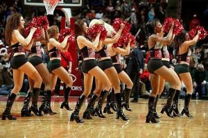 Девушки_групп_поддержки_черлидинг_NBA_Chicago_Bulls_фото_54