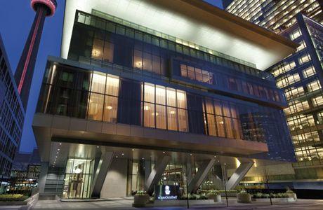 Отель_в_Торонто