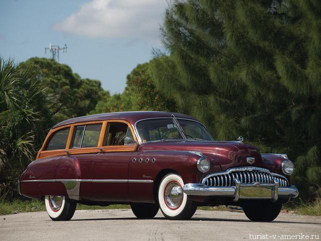 Классический  _американский_автомобиль_1949 _Buick_Roadmaster_Woodie_Estate Wagon