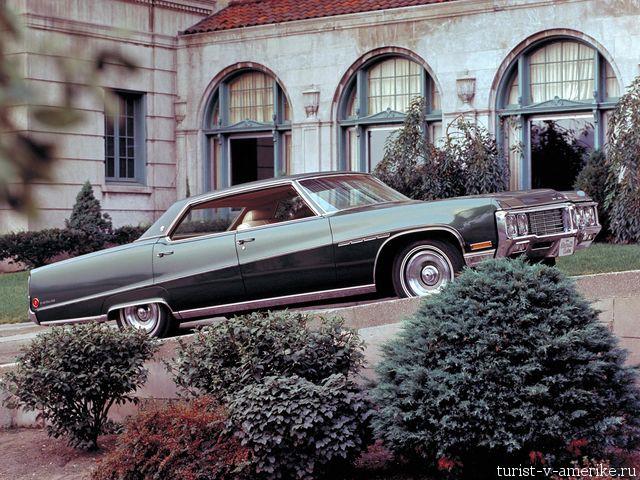 Классический_американский_автомобиль_Buick_Electra_225_1970