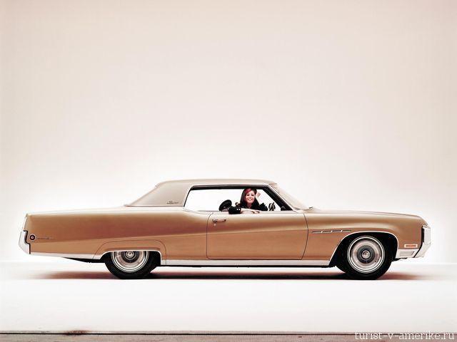 Классический_американский_автомобиль_Buick_Electra_225_Limited_1970