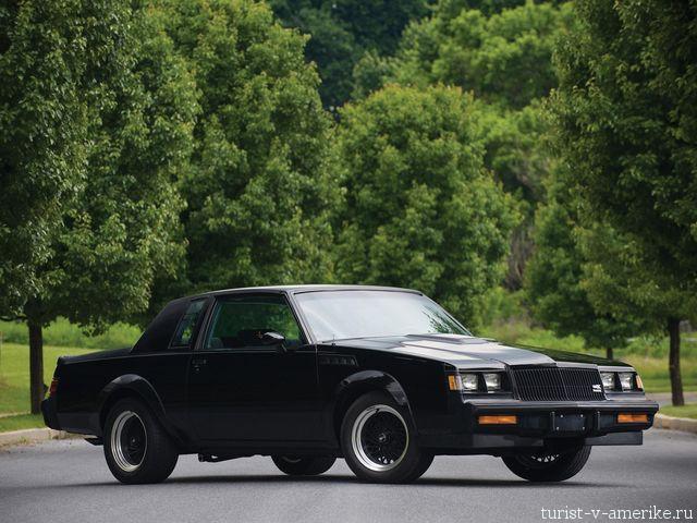 Классический_американский_автомобиль_Buick_GNX_1987
