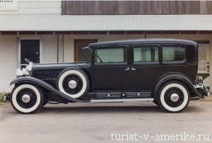 1930_Cadillac_V16_452_Imperial_Sedan_by_Fleetwood_Armored_10