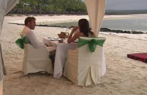 Туристы_завтракают_на_пляже_отеля_Доминиканы