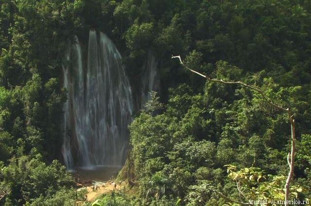Водопад_в_Пинар-дель-Рио