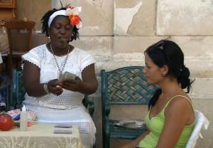 Кубинская_женщина_гадалка
