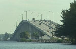 Мост_в_штате_Флорида_США