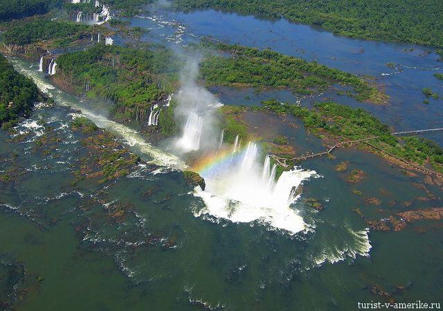 Водопад_в_Аргентине