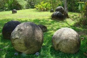 Сферические валуны в Коста-Рике