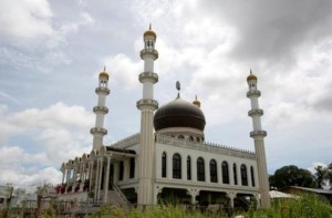 Мечеть в Суринам