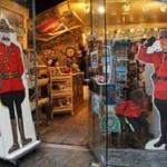 Санкт-Петербург: покупаем сувениры